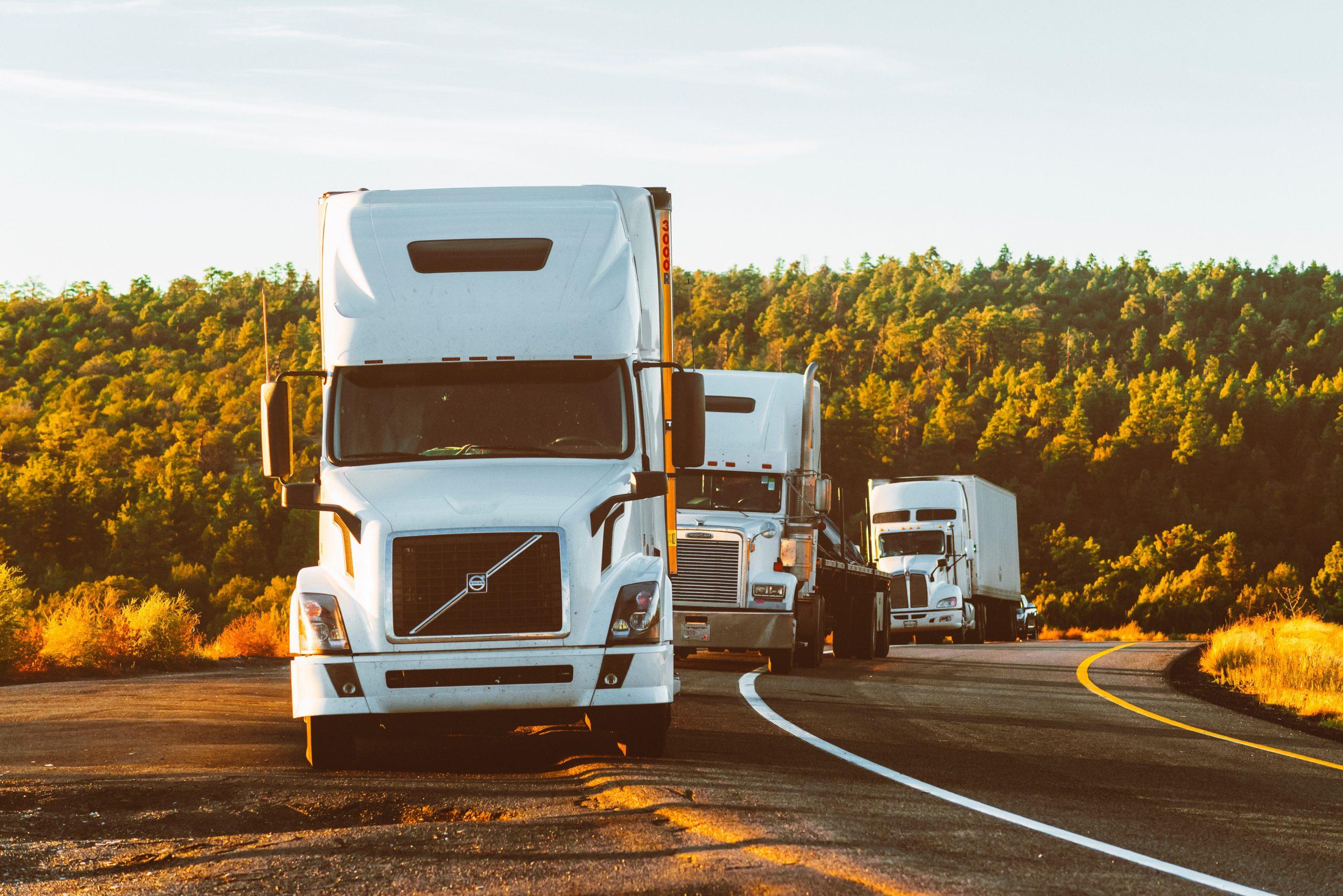 Transporte rodoviário utilizado na logística de minérios
